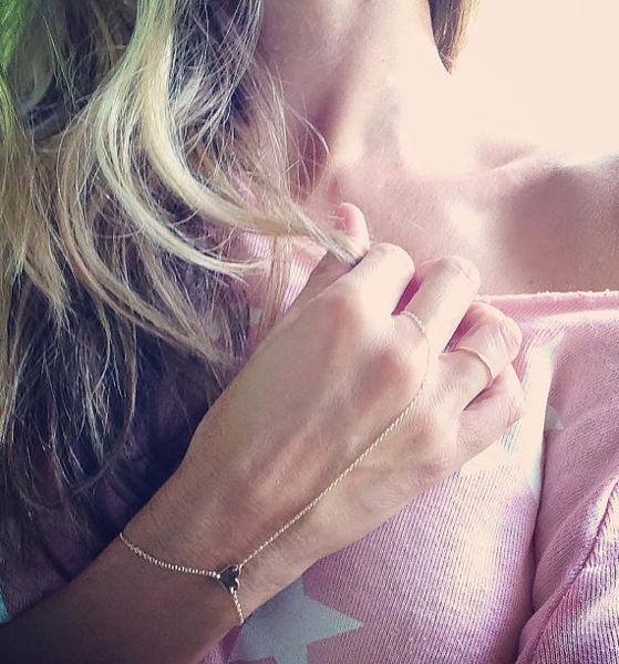 PS Mall 愛心心形桃心款連指手鏈 手指頭 手鍊手環指戒指【G2365】
