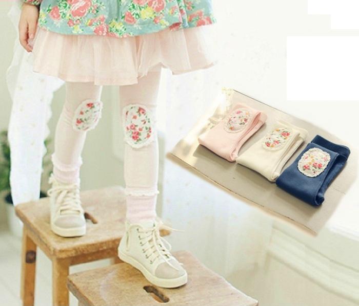 春秋季碎花蕾絲邊補丁打底長褲~純棉材質~淡桔粉.白色.深藍色