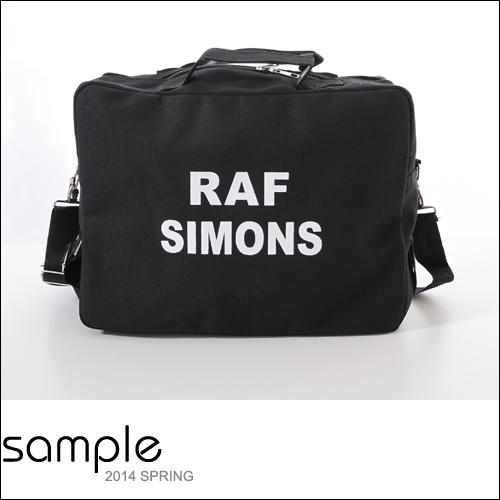 肩背包【Sample】單色字母薄款帆布三用包【SA7922】