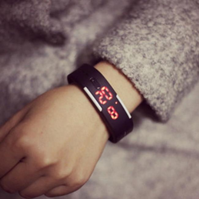 50%OFF【H06811WAH】韓國ulzzang原宿潮流時尚糖果色果凍手錶LED觸控手環手鐲運動手錶附手錶盒