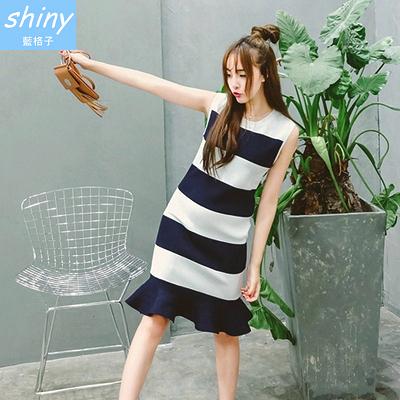 【V1077】shiny藍格子-純淨微風.條紋圓領魚尾荷葉邊背心連身裙