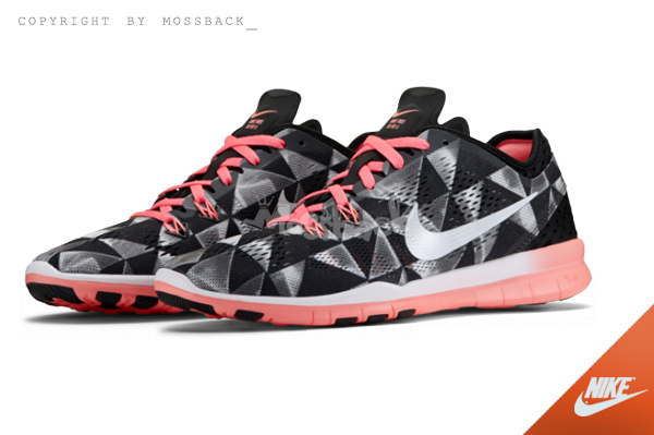 『Mossback』NIKE W FREE 5.0 TR 訓練鞋 慢跑鞋 菱形 黑粉(女)NO:704695-006