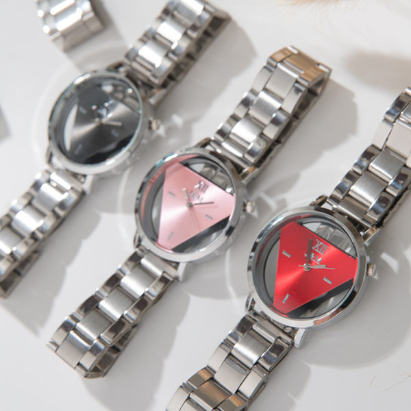 《好時光》鏤空透視 立體三角 經典風格 亮彩面板  時尚 女錶 男錶 對錶