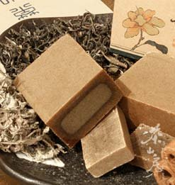 《茶山房》天然手工肥皂- 綠茶皂 Green Tea Soap•『會浮水的有氧活皂』