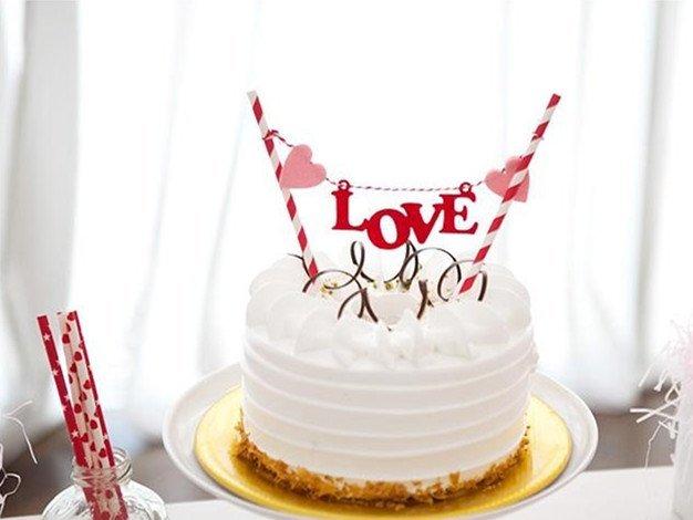 =優生活=促銷$99生日快樂 LOVE 愛心生日蛋糕插旗拉旗拉花裝扮用品 婚慶婚禮裝飾 野餐派對 情人節裝飾 婚禮佈置