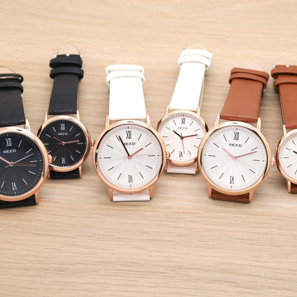 《好時光》香港品牌 KEZZI  玫瑰金框 簡約線條刻度 立體波紋面 皮錶帶  女錶 男錶 對錶-單支價格錶-單支價格