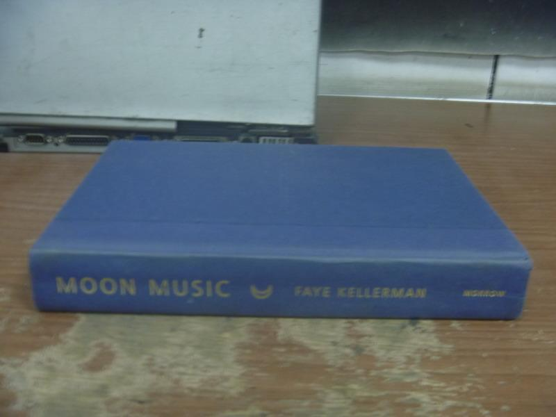 【書寶二手書T1/原文小說_QMX】Moon Music_Faye Kellerman