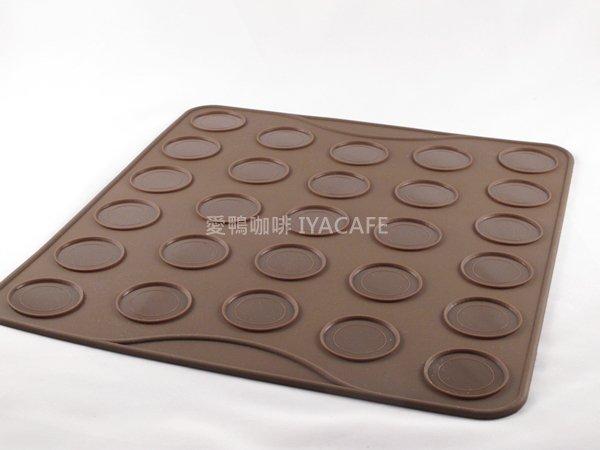 《愛鴨咖啡》DC-2495 味道27洞馬卡龍耐熱矽膠烤焙墊