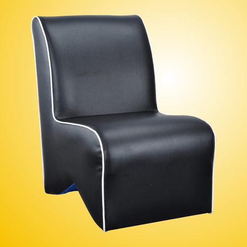 生活大發現-莎菲大造型椅(黑)/單人沙發/沙發矮凳/皮沙發
