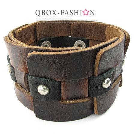 《 QBOX 》FASHION 飾品【W10024344】精緻個性復古寬版鉚釘合金皮革手鍊/手環