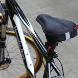 美麗大街【BF534E29】山地自行車矽膠3D坐墊 (平面)