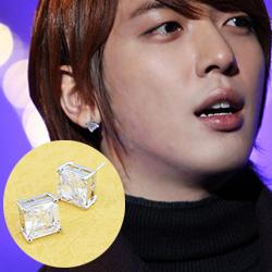 | Star World。Earring | CNBlue 鄭容和 同款潔淨明亮四爪水晶鑲鑽耳釘耳環 (單支價)