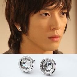 | Star World。Earring | CNBlue 鄭容和 同款簡潔時尚銀邊閃耀水晶圓耳釘耳環 (單支價)