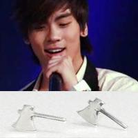 | Star World。Earring |  SHINee 鐘鉉 同款亮銀迷你斧頭造型耳釘耳環 (單支價)