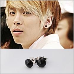   Star World。Earring   SHINee 鐘鉉 Key 高雅時尚蘑菇造型耳釘耳環 (單支價)