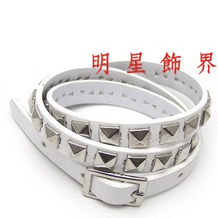 | Star World。Bracelets |  SNSD 少女時代 徐賢 泰妍 Tiffany 同款方塊鉚釘多層次纏繞皮革手鍊