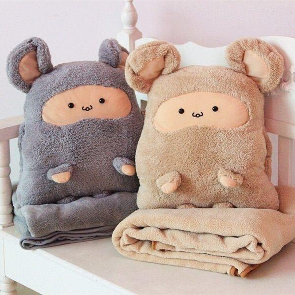 PS Mall 卡卡鼠汽車暖手抱枕被兩用靠墊 毯子+暖手捂【J830】