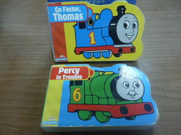 【書寶二手書T1╱少年童書_OLZ】湯瑪士小火車_英文遊戲書_2本合售_Thomas