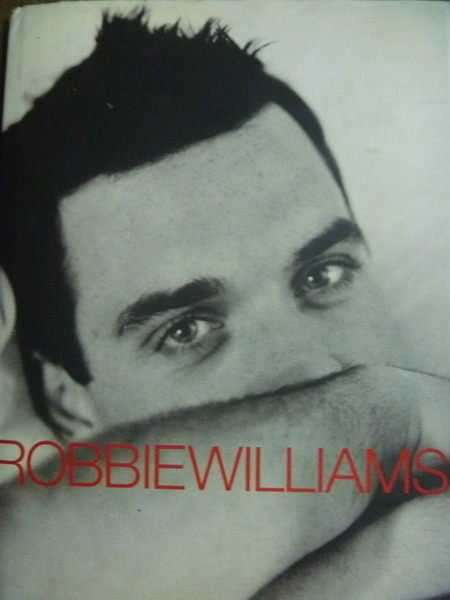 【書寶二手書T8/傳記_QET】Robbie Williams:Somebody Someday