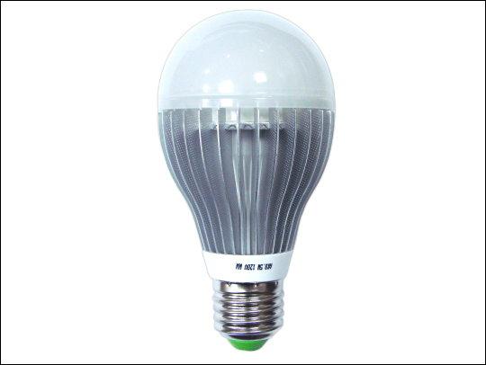 《清倉鋪》 綠能鋁葉散熱LED燈泡(黃光) 8顆一組買四組最便宜平均一顆只要70元