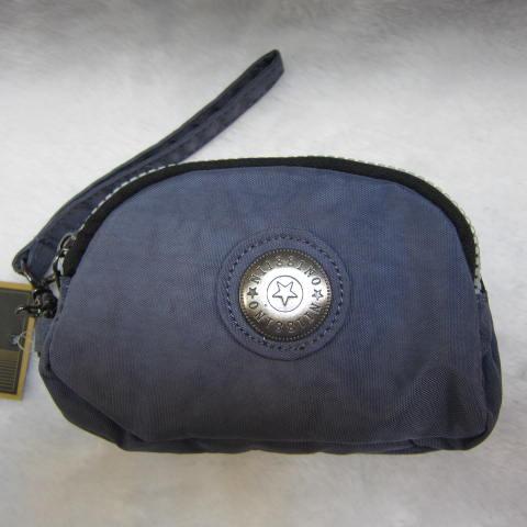 ~雪黛屋~18NINO81零錢包進口專櫃三層主袋設計進口超輕防水布可放信用卡萬用包小型輕巧方便置口袋好拿M35-038藍紫