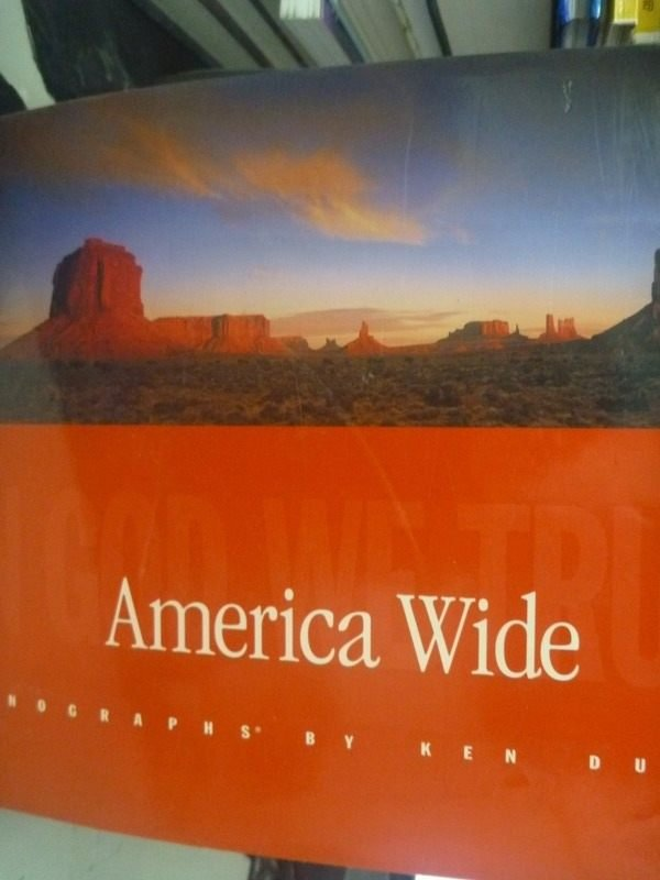 【書寶二手書T4/攝影_ZAT】America Wide: In God We Trust
