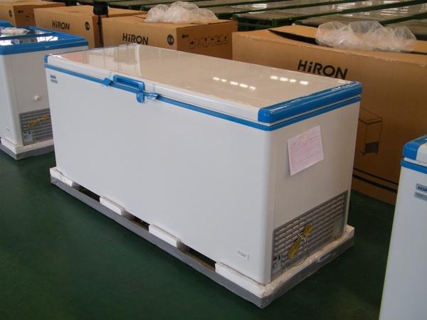 HiRON 海容 556公升 上掀式冷凍櫃 HBD-658 壁冷式聚冷系統冰箱,省電功率  嵌入式門把設計,易發揮儲物空間,容量大取物便利