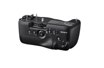 SONY VG-C99AM 垂直手把 適用於:SLT-A99 數位單眼相機 即使垂直拍攝也可完整提供相機操控功能 尺寸:約 140×69×86mm (WxHxDmm)