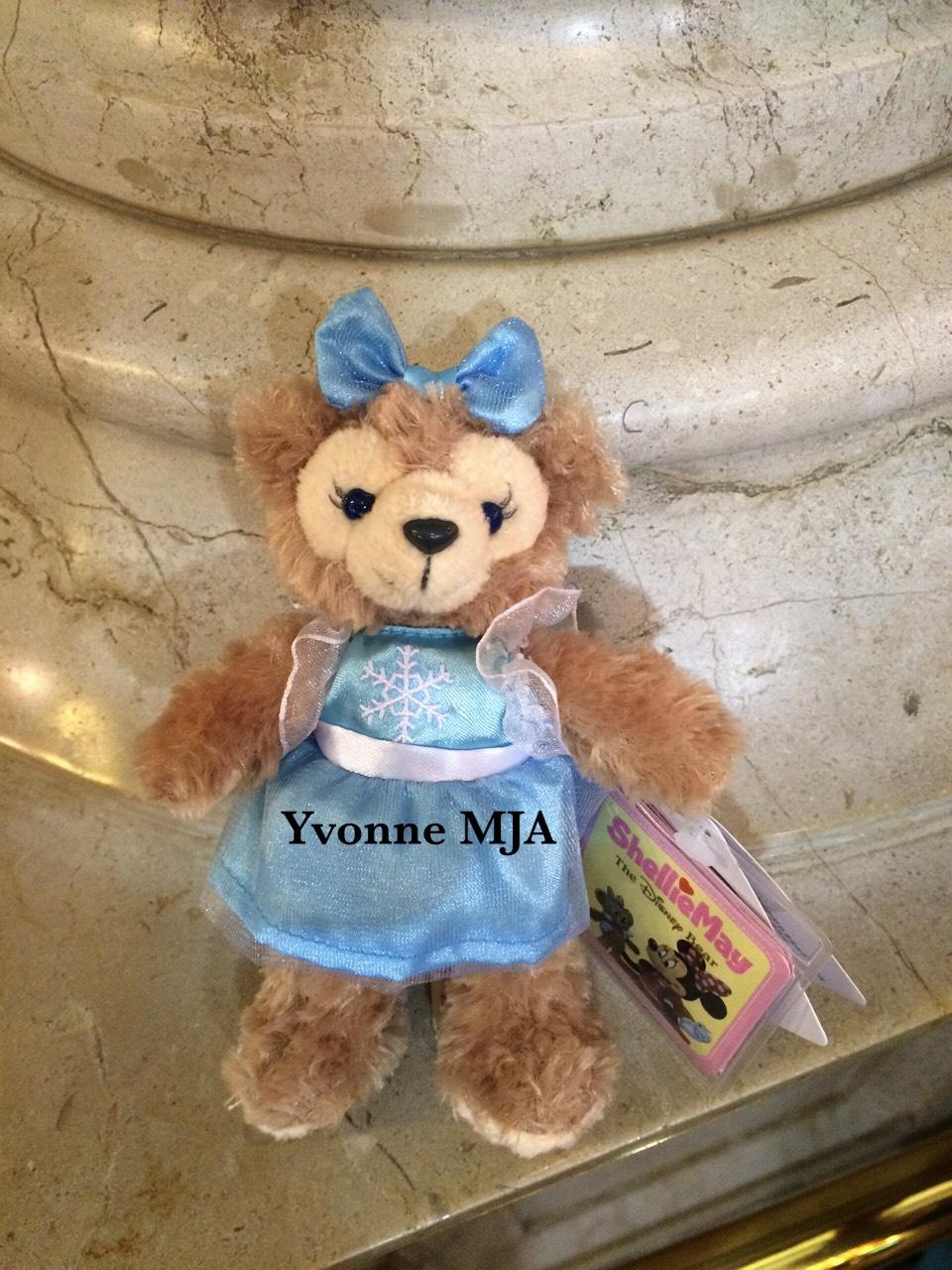 *Yvonne MJA香港代購*香港迪士尼限定正品 Duffy達菲熊冰雪奇緣愛Elsa外衣版吊飾