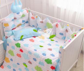 【doudoumiki】【純棉】皇冠造型嬰兒床圍床組-(七彩雲朵)(5件套/7件套)(3面圍/全圍)