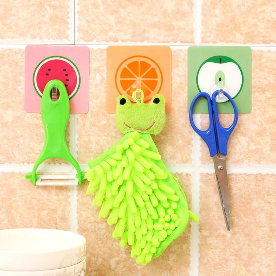 ♚MY COLOR♚卡通水果無痕掛勾 廚房 浴室 防水 壁掛 黏貼 水洗 黏鉤 牆壁 免釘 懸掛【Z10-1】