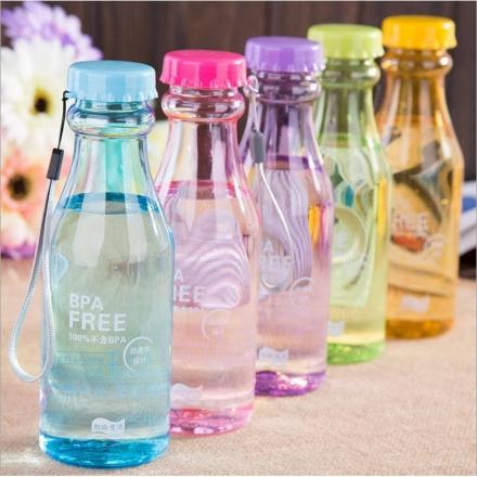 隨手杯- 透明摔不破汽水瓶550ml 密封水杯/水壺,,多色隨機出貨【Casa Mia】