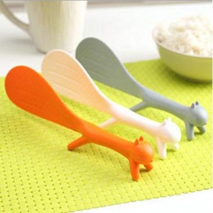飯勺 - 韓版松鼠可立式飯勺,創意家居,可愛實用,多色隨機發貨