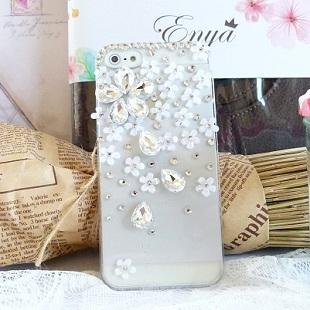 iPhone5S 純白小花 清新貼鑽手機殼 Enya恩雅(捷克水晶鑽)(郵寄免運)