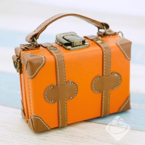 日本【Motif】行李箱造型收納盒/相機置物包/置物盒/造型相機包/相機包/行李箱/SETO CRAFT╭。☆║.Omo Omo go物趣.║☆。╮