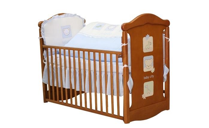Baby City娃娃城 - 動物熊搖擺中床(柚木色) + 動物熊七件式被組(藍/粉) 附泡棉床墊