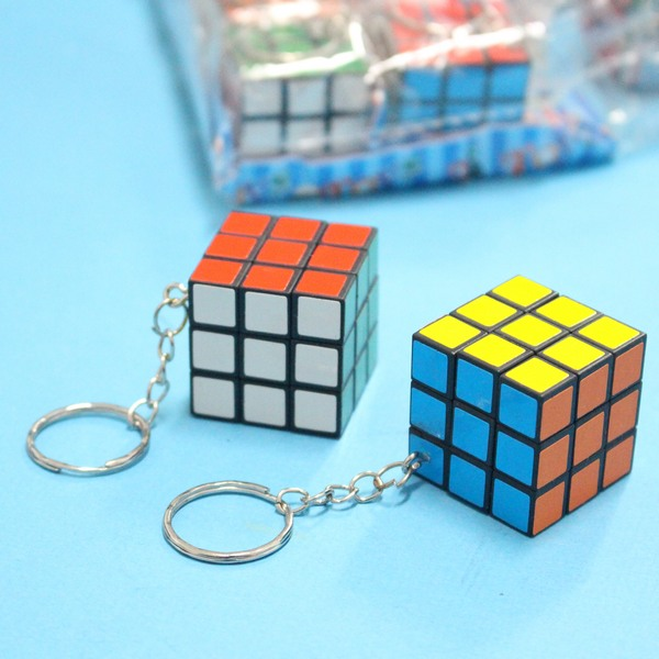 迷你魔術方塊 3x3 小魔術方塊鑰匙圈 迷你方塊3cm/附鎖圈/一個入{定10}~魔方 魔術方塊鑰匙圈