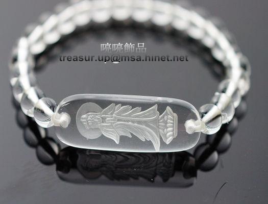 觀音手鍊  白水晶是佛教七寶之一,又稱為「摩尼寶珠」,當護身符隨身攜帶可保平安。A214