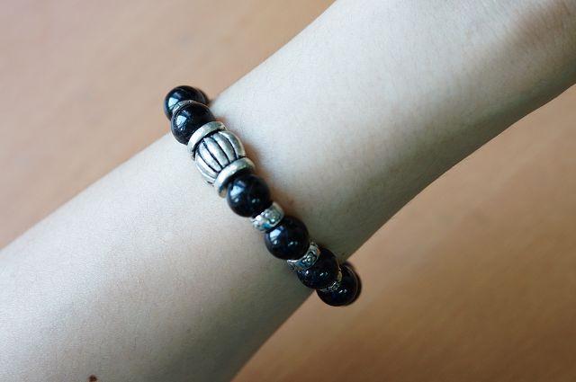 黑碧璽:集合所有寶石的力量,據說有助於重燃信心,維持心情平靜,改善負向磁場。B134