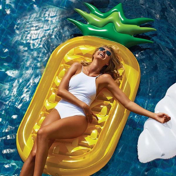 PS Mall 夏日充氣水果鳳梨造型 游泳圈 成人游泳圈 水上座椅 大號救生圈 充氣玩具 漂浮床【J2085】