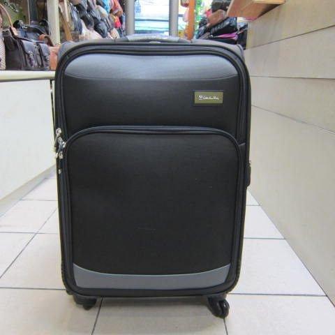 ~雪黛屋~范倫鐵諾 24吋 高級防潑水布材質 超輕型 360度旅行箱 鋁合金多段式彈簧拉桿 黑