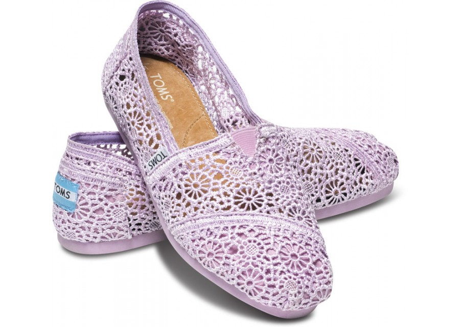 【TOMS】淡紫色蕾絲鏤空繡花平底休閒鞋  Lilac Snow Crochet Women's Classics