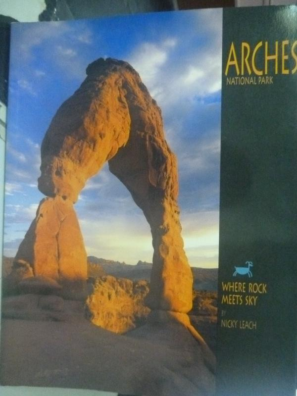 【書寶二手書T3/地理_WFS】Arches_Nicky Leach