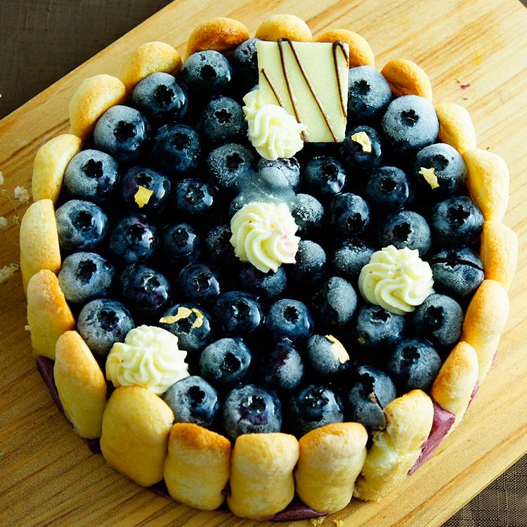 【八號人手作甜點工作室】鮮藍莓夏洛特蛋糕 尺寸:六吋