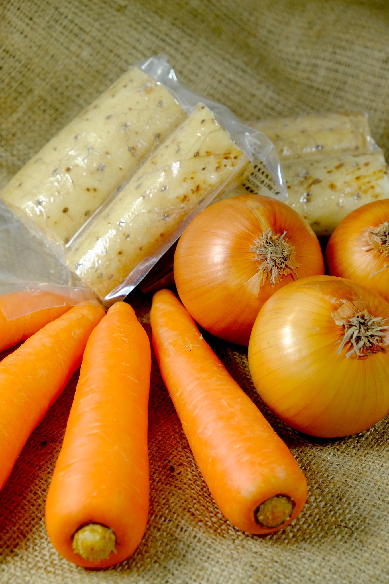 【旬果屋】日本產 綜合地下寶箱(紅蘿蔔、山藥、洋蔥)
