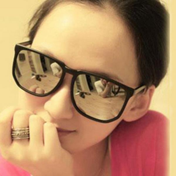 50%OFF【J003740Gls】經典款時尚太陽眼鏡批發 潮流太陽眼鏡批發 附眼鏡盒 防紫外線 明星款 反光鏡面