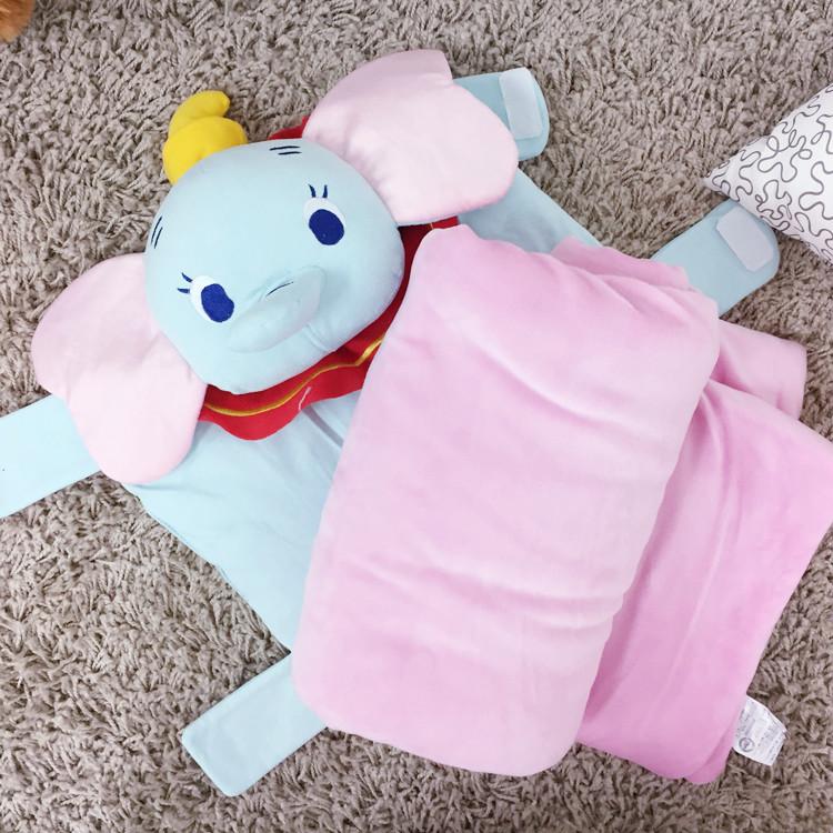 PGS7 (現貨+預購) 日本迪士尼系列商品 - 迪士尼 小飛象 絨毛 收納 抱枕 被毯 毯子 毛毯 涼被