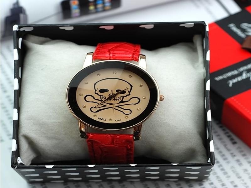《316小舖》【PG45】(時尚石英手錶-骷髏皮錶-單件價 /女用手錶/男用手錶/精緻手錶/日版手錶/日系手錶/日式手錶/生日禮物)