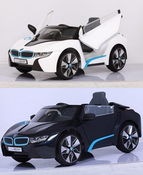 【淘氣寶寶】原廠寶馬BMW I8 雙開門電動車(附遙控)(高階雙驅)W480QHG2贈智高GIGO 怪獸村莊系列