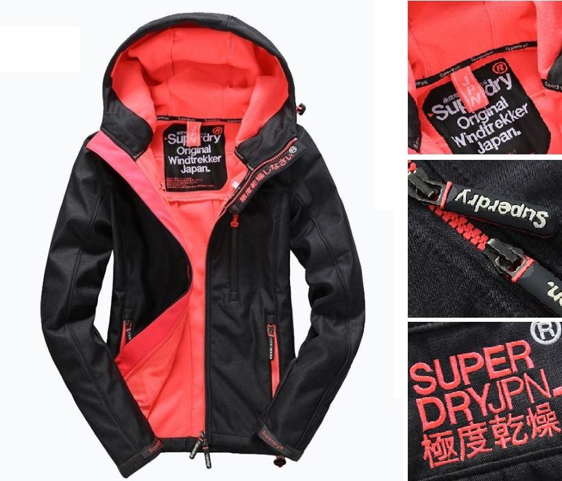 【女款】Superdry 極度乾燥連帽Windtrekker防風衣夾克 運動休閒防風 耳機孔 舒適 外套 深灰/叛逆紅
